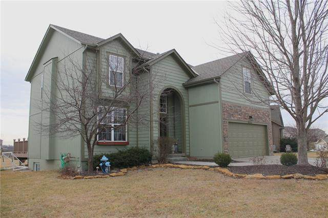 10523 Augusta Drive, Kansas City, KS 66109 (#2301611) :: Ron Henderson & Associates
