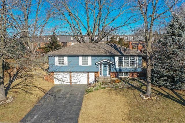 12710 W 99th Street, Lenexa, KS 66215 (#2301676) :: Eric Craig Real Estate Team