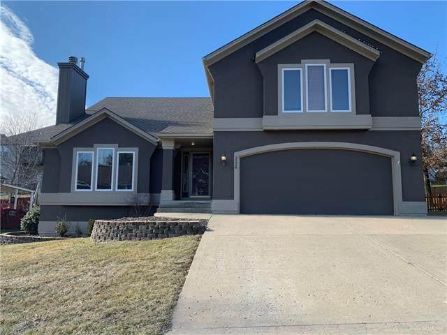 3216 S Mark Twain Avenue, Blue Springs, MO 64015 (#2301848) :: Team Real Estate