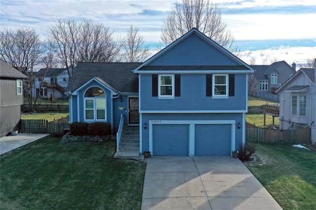 17277 W 157th Street, Olathe, KS 66062 (#2301983) :: Dani Beyer Real Estate