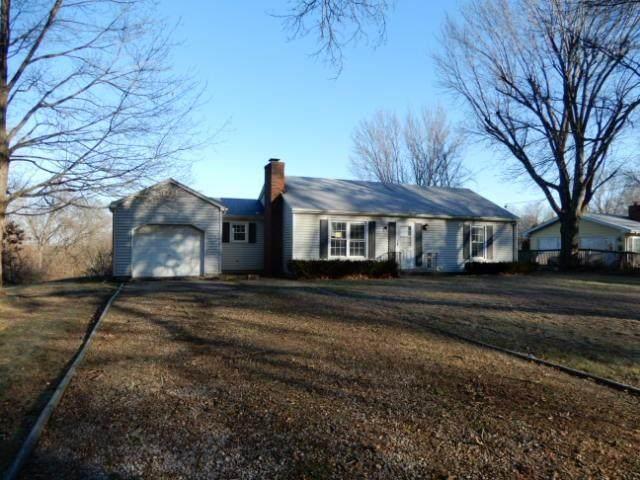 106 Dunns Lane, Richmond, MO 64085 (#2302142) :: Audra Heller and Associates