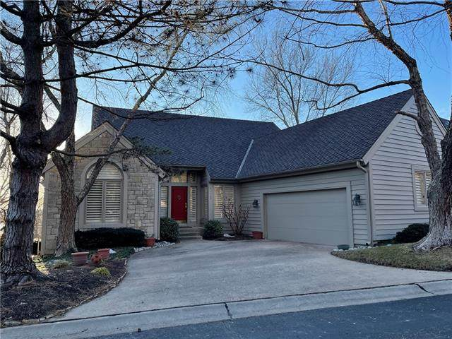 26635 W 103rd Street, Olathe, KS 66061 (#2302187) :: Team Real Estate