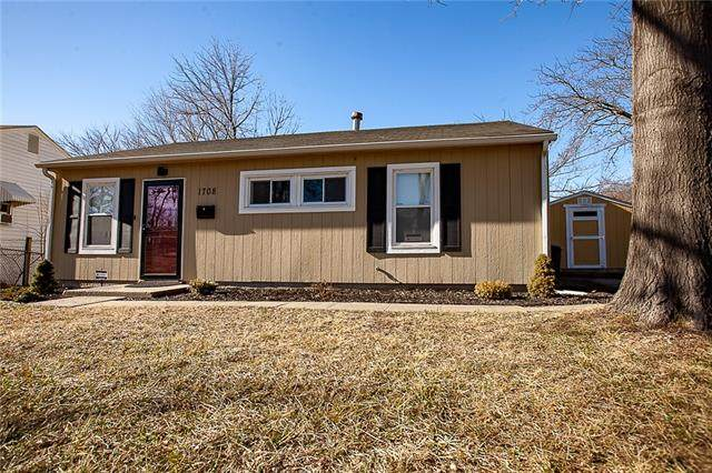 1708 N 46th Street, Kansas City, KS 66102 (#2302207) :: Austin Home Team