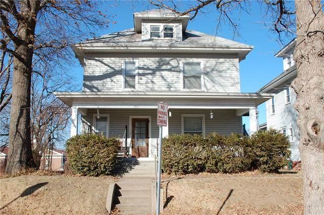 2801 & 2801 1/2 Renick Street, St Joseph, MO 64507 (#2302217) :: Ron Henderson & Associates