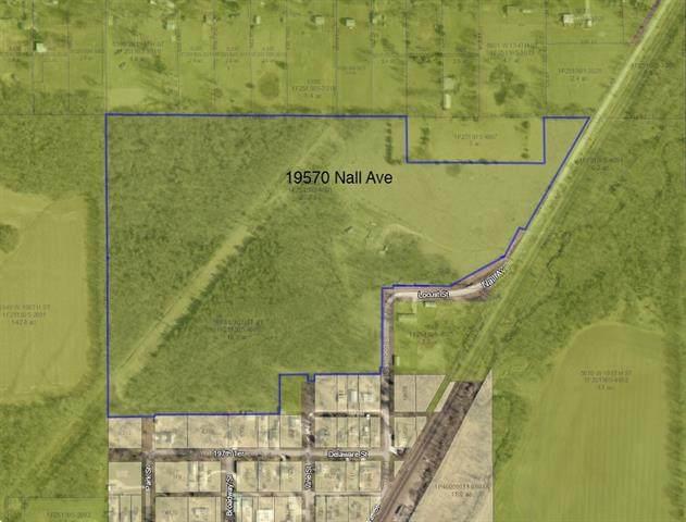 19750 Nall Avenue, Stilwell, KS 66085 (#2302228) :: Dani Beyer Real Estate