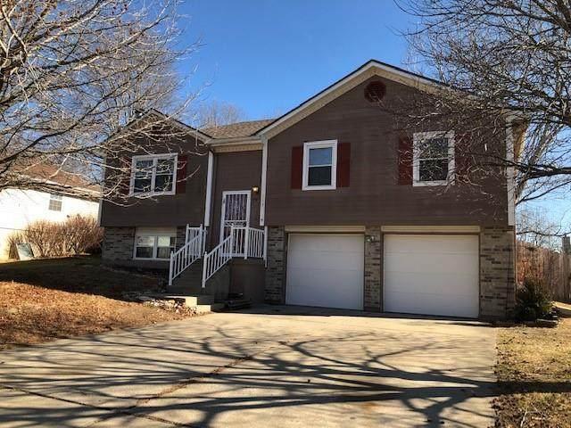 113 Cross Creek Lane, Grain Valley, MO 64029 (#2302232) :: Dani Beyer Real Estate