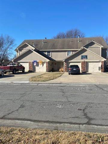 3824 SW Harbor Drive, Lee's Summit, MO 64082 (#2302239) :: Ask Cathy Marketing Group, LLC
