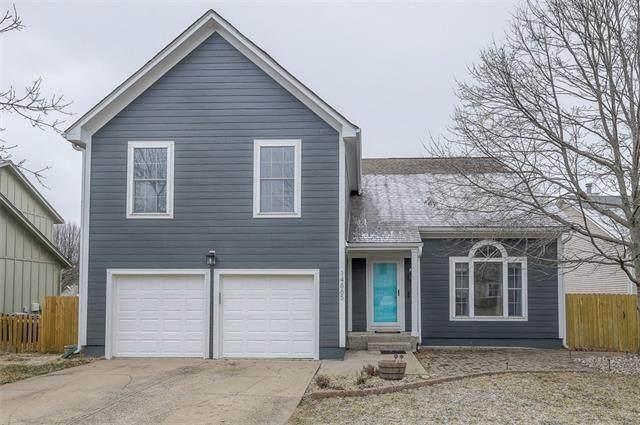 14865 W Peppermill Drive, Olathe, KS 66062 (#2302253) :: House of Couse Group