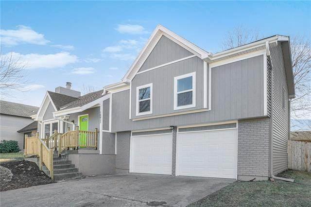 16025 W 143rd Terrace, Olathe, KS 66062 (#2302272) :: The Shannon Lyon Group - ReeceNichols