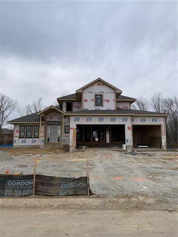 901 SE Larue Street, Blue Springs, MO 64014 (#2302293) :: Five-Star Homes