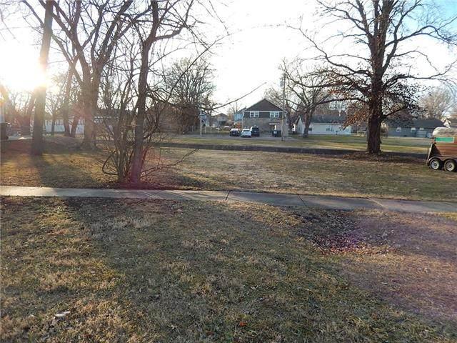 414 S Poplar Street, Ottawa, KS 66067 (#2302306) :: Team Real Estate