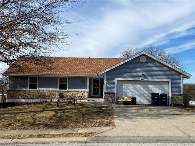 900 Parkridge N/A, Harrisonville, MO 64701 (#2302311) :: Ask Cathy Marketing Group, LLC