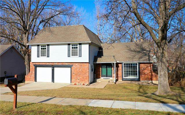 4812 NW 80th Street, Kansas City, MO 64151 (#2302338) :: Edie Waters Network