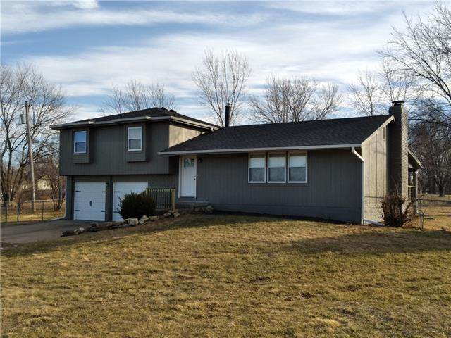 26885 W 143RD Street, Olathe, KS 66061 (#2302347) :: Team Real Estate