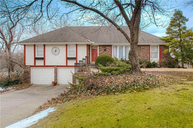 14013 W 48th Street, Shawnee, KS 66216 (#2302348) :: Team Real Estate