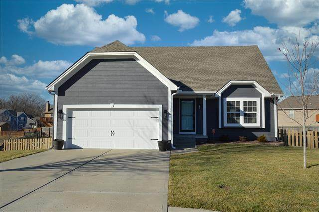 1308 S Ann Avenue, Independence, MO 64057 (#2302393) :: Ask Cathy Marketing Group, LLC