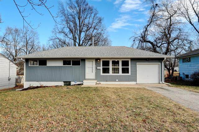 11355 Sycamore Terrace, Kansas City, MO 64134 (#2302425) :: Five-Star Homes