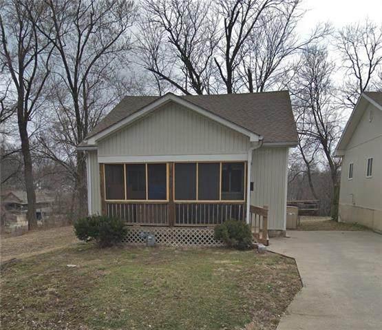 2537 Elmwood Avenue, Kansas City, MO 64127 (#2302430) :: Austin Home Team