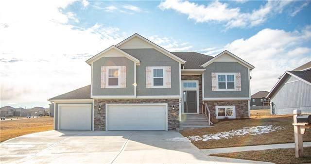 201 Creek Valley Terrace, Smithville, MO 64089 (#2302477) :: Eric Craig Real Estate Team