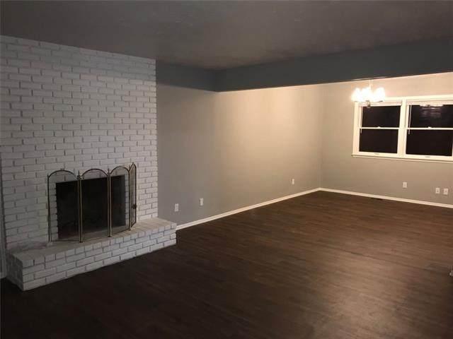 519 Boulder Street, Lawrence, KS 66049 (#2302516) :: Five-Star Homes