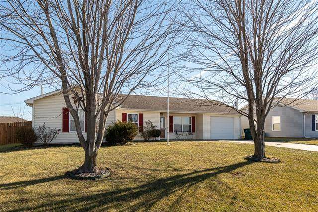 1433 N Mulberry Street, Ottawa, KS 66067 (#2302771) :: Team Real Estate