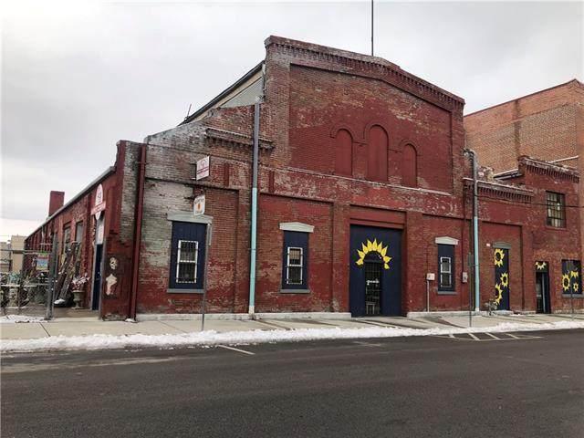 410 S 2nd Street, Leavenworth, KS 66048 (#2302939) :: Edie Waters Network