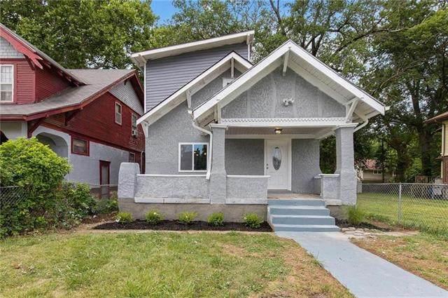 3620 College Avenue, Kansas City, MO 64128 (#2303025) :: Eric Craig Real Estate Team