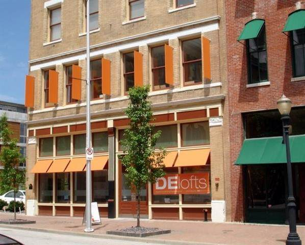 509 Delaware Street - Photo 1