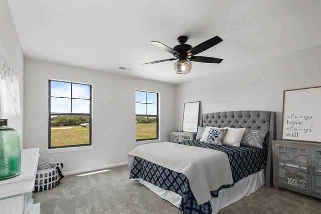 1202 E 45th Street, Kansas City, MO 64110 (#2303270) :: Team Real Estate