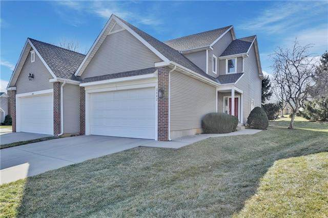 2442 W 137th Place, Leawood, KS 66224 (#2303304) :: The Rucker Group