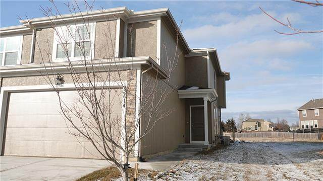 22614 W 76th Terrace, Shawnee, KS 66227 (#2303354) :: The Shannon Lyon Group - ReeceNichols