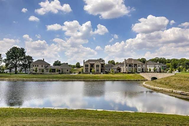 9331 Parkside Drive, Prairie Village, KS 66207 (#2303555) :: The Shannon Lyon Group - ReeceNichols