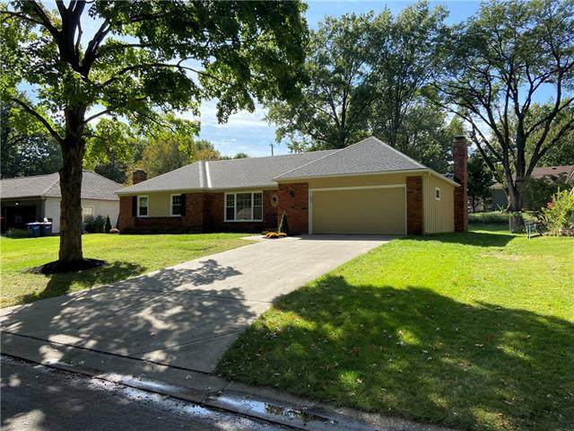 6408 Milhaven Drive, Mission, KS 66202 (#2303651) :: Ask Cathy Marketing Group, LLC