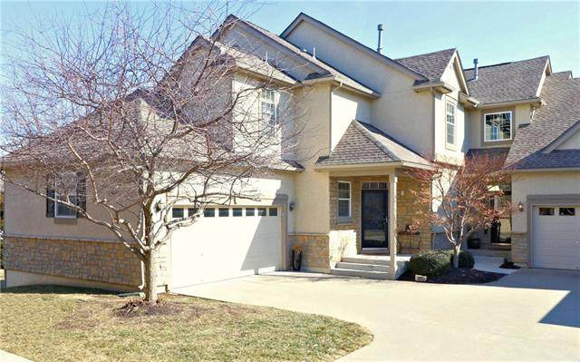9819 Nieman Place, Overland Park, KS 66214 (#2304049) :: Edie Waters Network