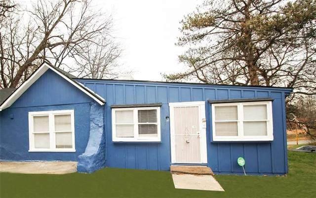 4906 Brooklyn Avenue, Kansas City, MO 64130 (#2304294) :: Austin Home Team