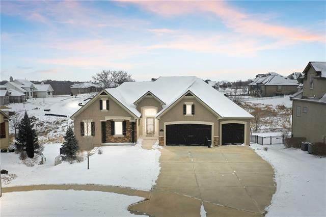 10251 N Kansas Avenue, Kansas City, MO 64155 (#2304404) :: Team Real Estate