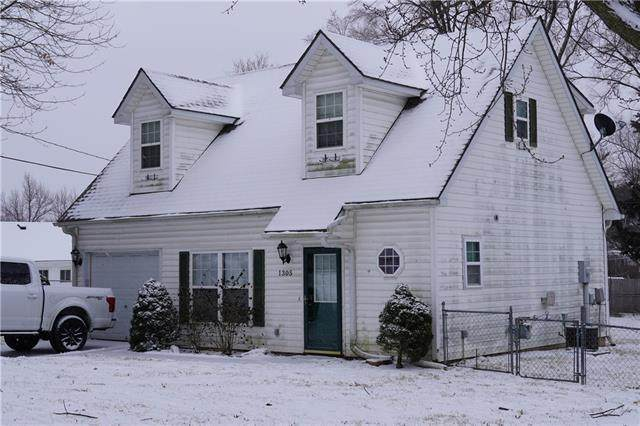 1305 Dakota Street, Leavenworth, KS 66048 (#2304438) :: Edie Waters Network