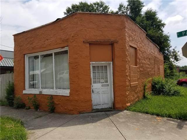 901 Park Street - Photo 1