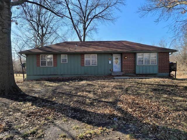 7614 Elm Avenue, Raytown, MO 64138 (#2304771) :: Five-Star Homes