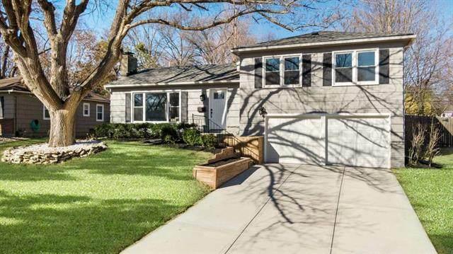 5710 W 100th Terrace, Overland Park, KS 66207 (#2304796) :: Ask Cathy Marketing Group, LLC