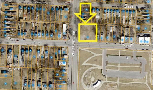 4808 E 9 Street, Kansas City, MO 64124 (#2305040) :: Edie Waters Network