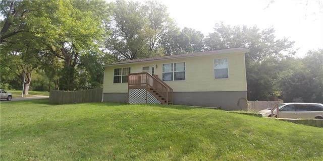 6700 Fairlane Drive, Kansas City, MO 64134 (#2305205) :: Eric Craig Real Estate Team