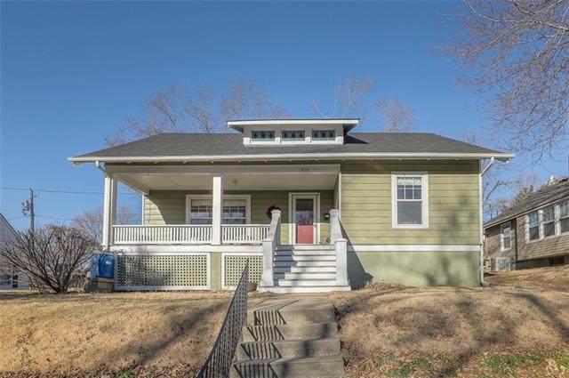210 N Missouri Street, Liberty, MO 64068 (#2305338) :: Audra Heller and Associates