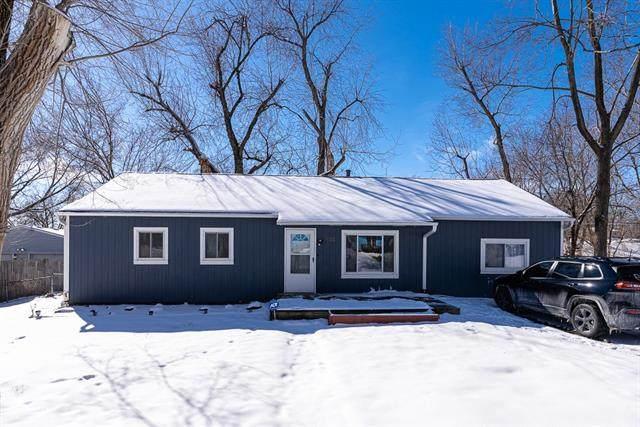 738 N 81ST Terrace, Kansas City, KS 66112 (#2305519) :: Edie Waters Network