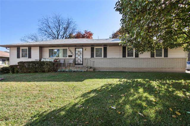 13501 E 35th St Street, Independence, MO 64055 (#2305813) :: Eric Craig Real Estate Team