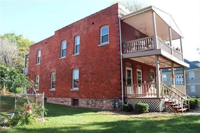 2832 Peery Avenue, Kansas City, MO 64127 (#2305901) :: Edie Waters Network