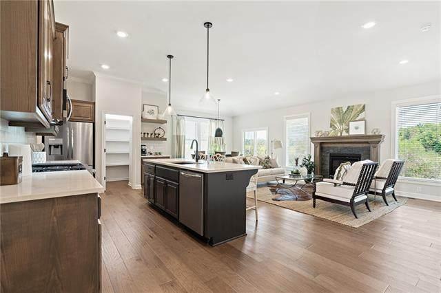 18913 Mahaffie Street, Spring Hill, KS 66083 (#2305905) :: Five-Star Homes