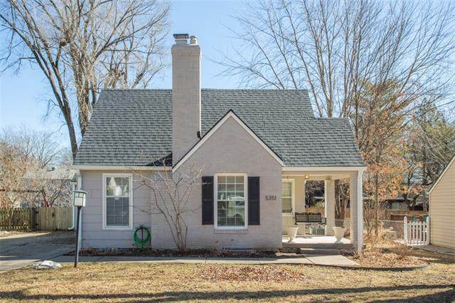 5351 Ash Street, Roeland Park, KS 66205 (#2306054) :: Team Real Estate
