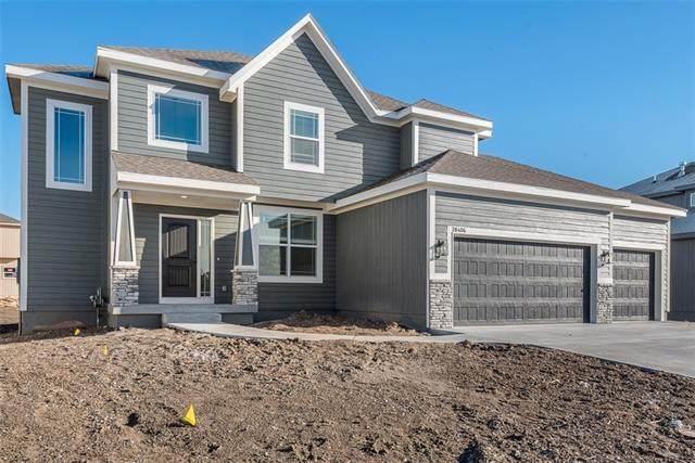 18848 W 168th Terrace, Olathe, KS 66062 (#2306118) :: Dani Beyer Real Estate