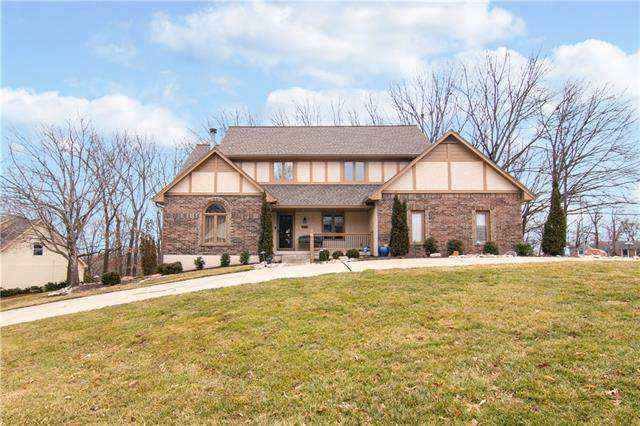 4901 Whitney Drive, Independence, MO 64055 (#2306272) :: The Kedish Group at Keller Williams Realty